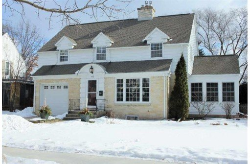 Beautifully Updated Home in Maple Bluff