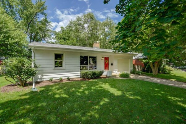 SOLD 4018 Paunack Ave